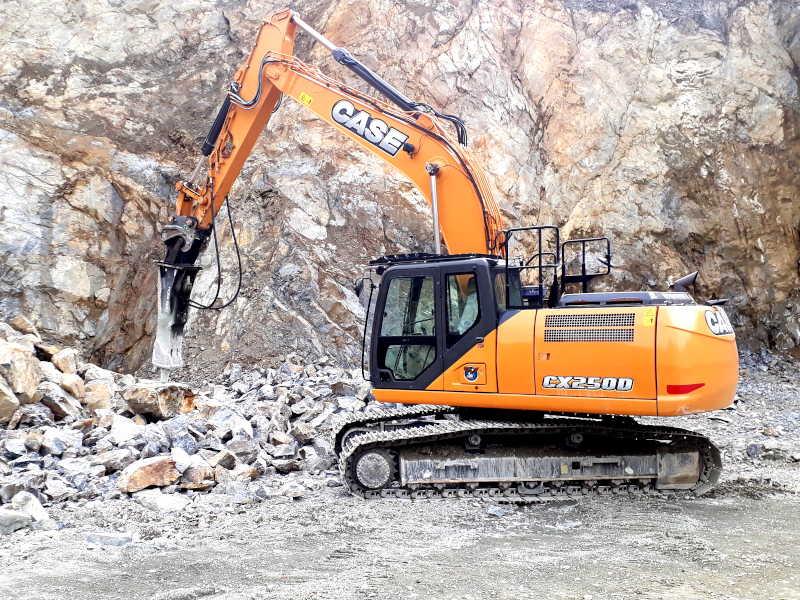 CASE CX250D Pelle sur chenilles 25-28 tonnes
