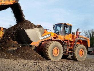 DOOSAN DL500 Chargeuse sur pneus 30-32 tonnes